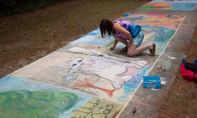 Chalk Under the Oaks